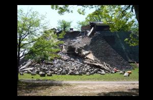 被災した熊本城-熊本地震データアーカイブ